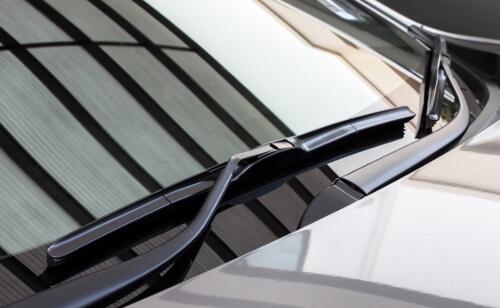 Neue Windschutzscheibe, Frontscheibe Autoglas Wiesbaden
